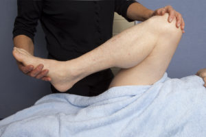 Mobilisation of the hip joint before Hip-Replacement